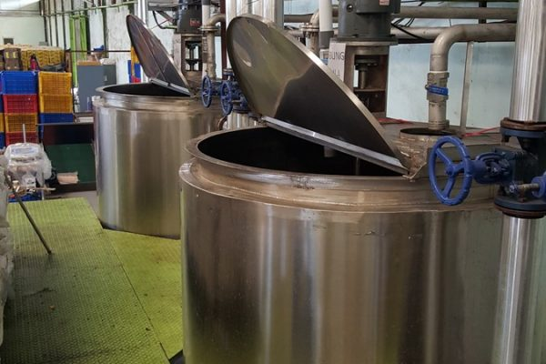 Double Jacket Tank in Beverage Processing Plant(1)